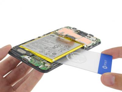 How to Replace the Huawei Nexus 6P Battery in 8 Steps