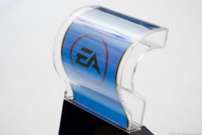 Samsung Unveils Youm Flexible OLED Display Tech at CES 2013