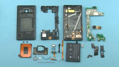 How to Disassemble Lumia 930 for Repairing Cracked Screen