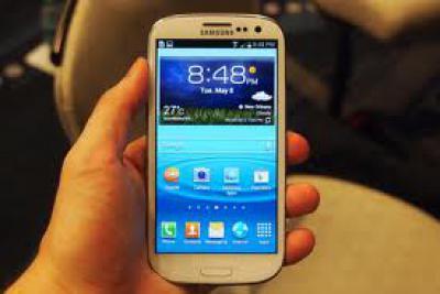 Samsung 1080P Amoled Screen