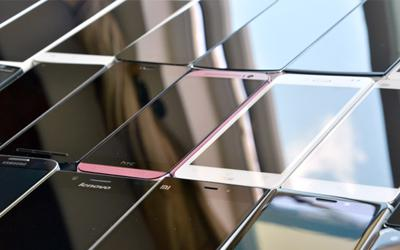 Corning Gorilla Glass is still the Best Panel Choice