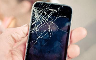 Watch out! These May Cause China-made iPhone Screen Easily Getting Cracked!