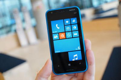 How to Replace the Nokia Lumia 620 Screen