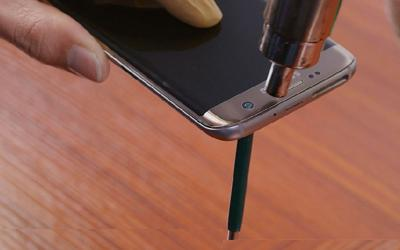 How to Successfully Tear Down the Samsung Galaxy S7 Edge Screen