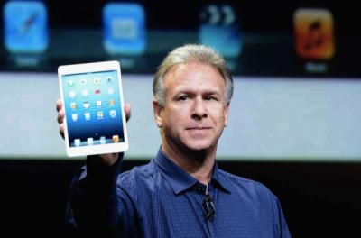 Apple Marketing Chief Attacks Android One Day before Galaxy S IV Launch