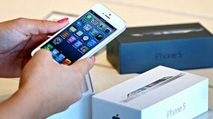 Apple Rumored To Begin iPhone Trade-In Program To Boost Sales