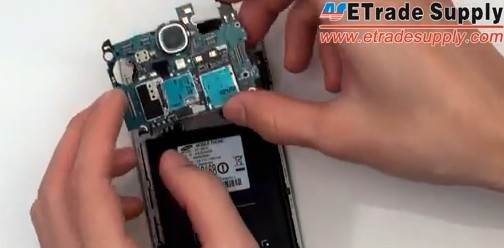 remove the galaxy s4 motherboard