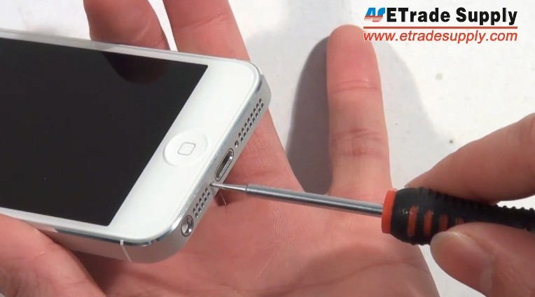 Fold the iPhone 5 digitizer and LCD screen