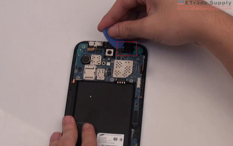 Use opening case to remove the Galaxy Mega 6.3 ear phone jack
