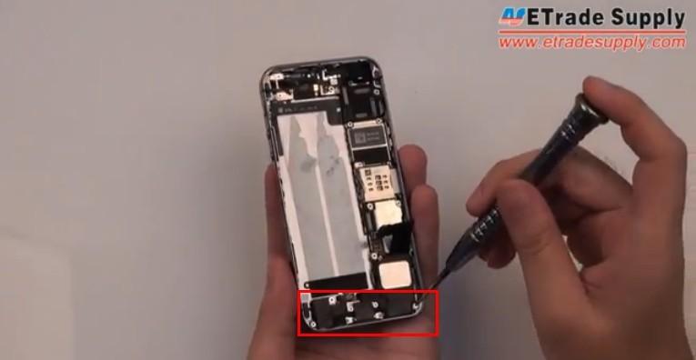 Undo 7 screws of 5S loud speaker