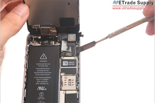 lift up cables of iPhone 5S screen