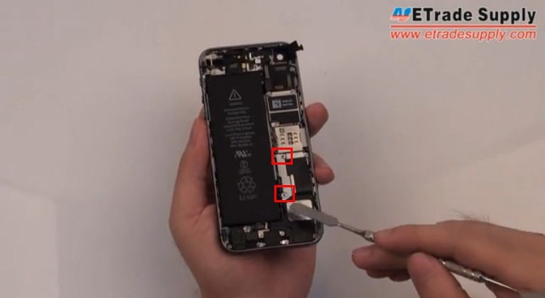 remove iPhone 5S  retaining braket