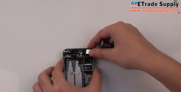 install 5S rear facing camera