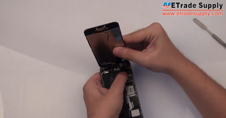 install 5s lcd and digitizer touch screen assembly
