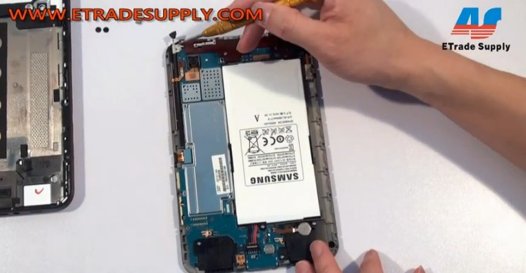 how to change a battery on a samsung tab 4