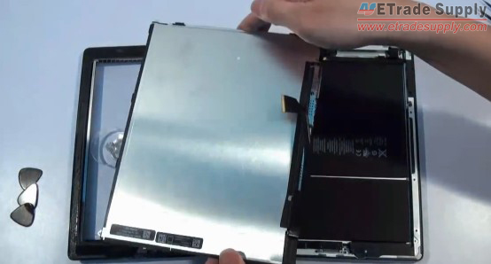 remove the LCD screen
