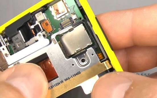 Nokia Lumia 1020 reassembly 10
