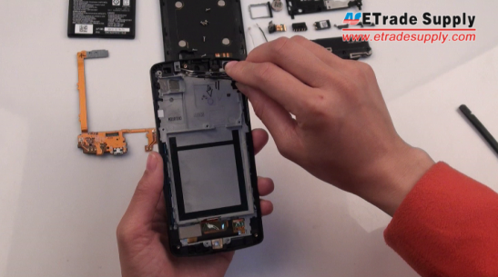 remove the rubber microphone gasket on Nexus 5