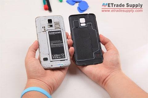 Galaxy S5 back cover is removed