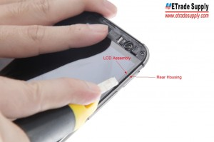 Separate the LCD Assembly and Rear Housing with the Cutter Knife