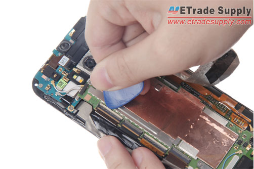 disconnect-the-four-HTC-One-M8-flex-cable-ribbons