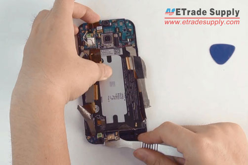 peel-off-HTC-One-M8-charging-port-PCB-board