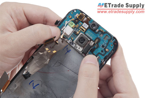 Assemble-HTC-One-M8-motherboard-flex-cable-ribbon