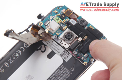 Put-the-HTC-One-M8-internal-top-cover-back