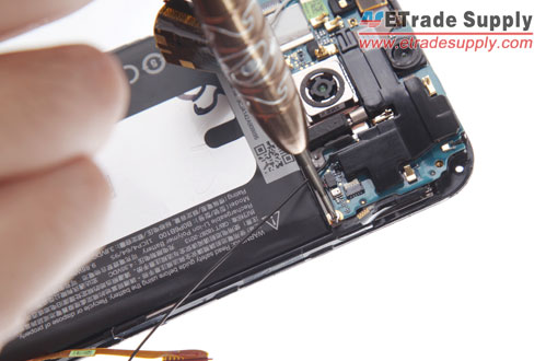 Secure-the-M8-motherboard-flex-cable