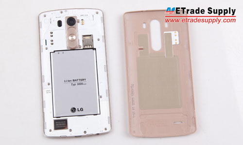 The battery cover and LCD assembly with housing assembly are separated