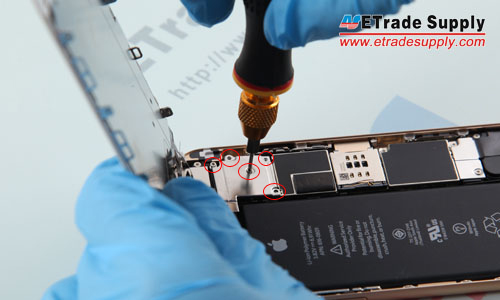 4. Undo the 5 screws that locking the metal cover above LCD and Digitizer flex ribbon connectors.