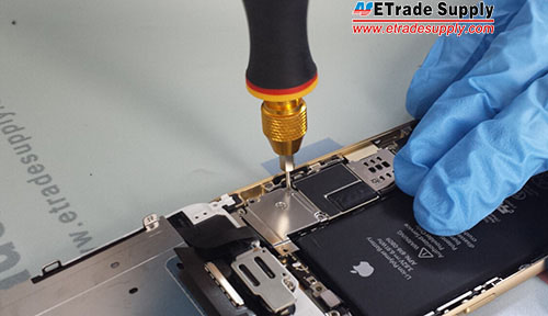 Fasten the metal cover with 5 screws