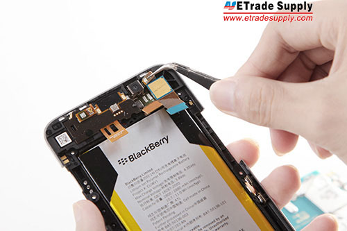 pry up flashlight flex cable