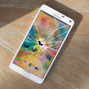 Cracked Motorola Nexus 6