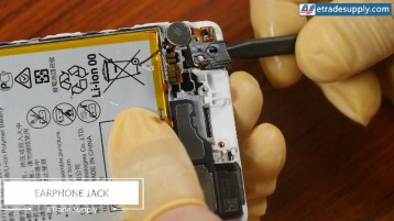 19-remove-headphone-jack