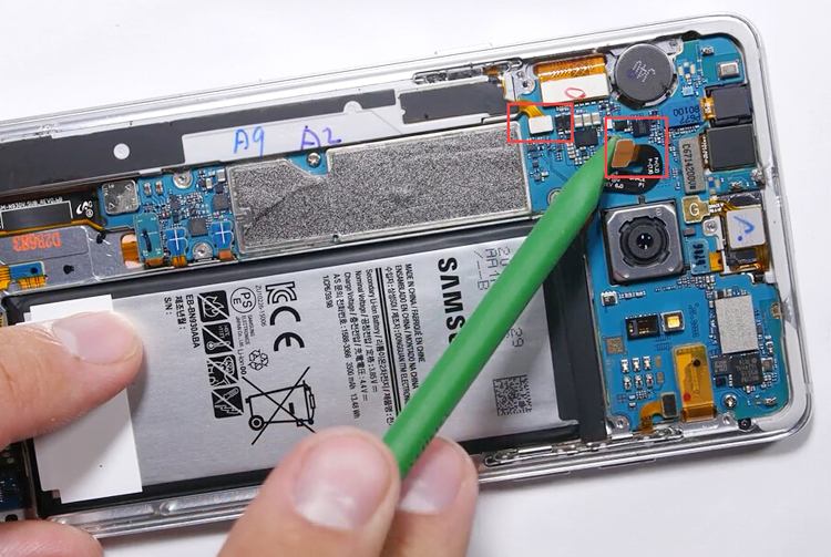 11 remove battery and s pen connector
