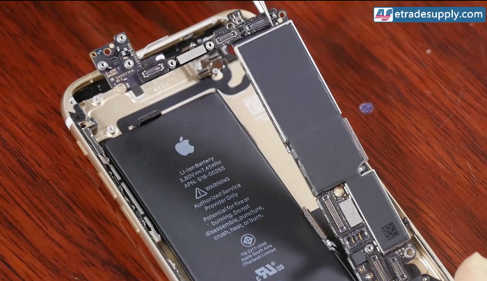 remove iPhone7 motherboard