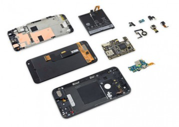 21.Google pixel XL Teardown