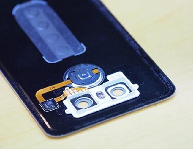 12.lg-g6-back-cover