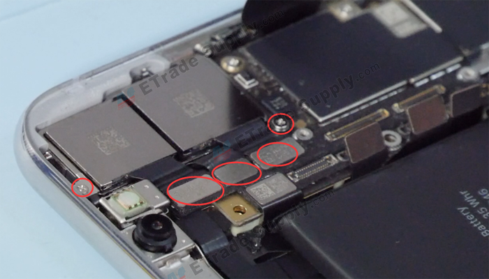 13 Remove the rear facing camera 副本