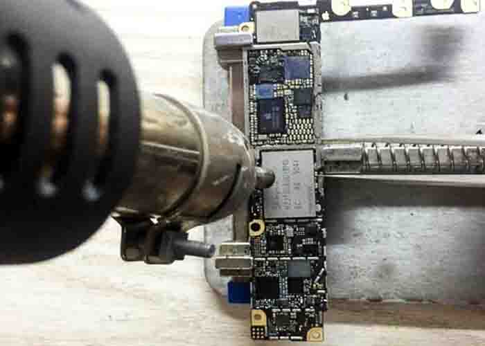 hot air gun blow the iPhone motherboard