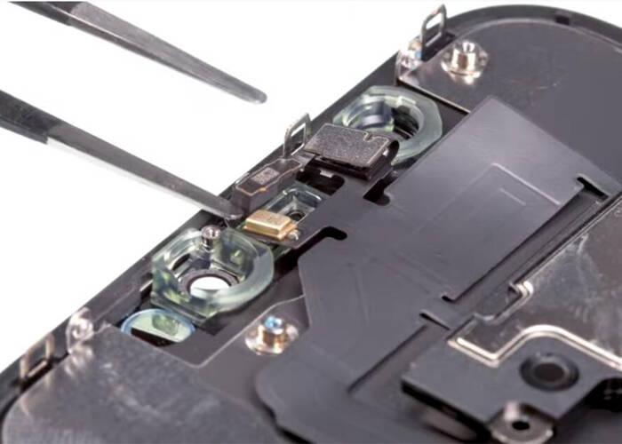 disconnect the earpiece flex cable