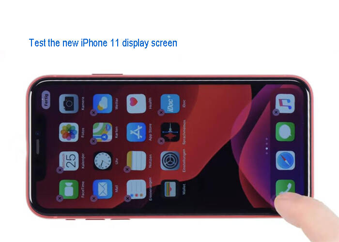 test the new iPhone 11 display screen