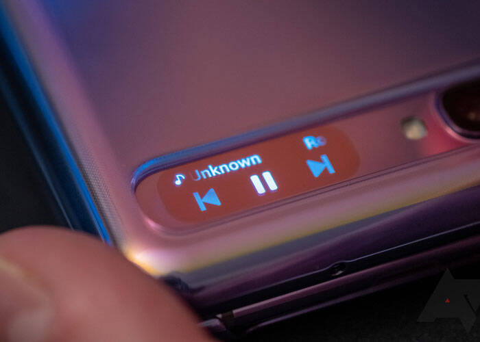 Toggle music in mini screen