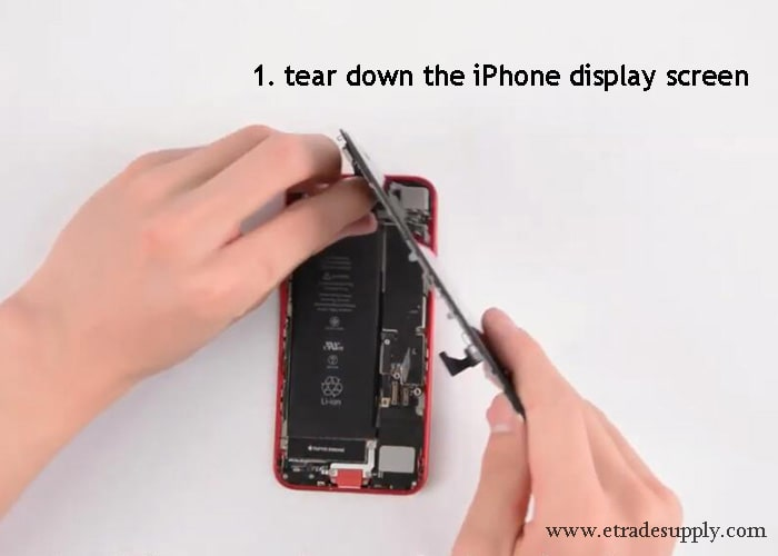 tear down the iPhone SE and iPhone 8 display screen